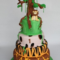 Jungle Cake   Jungle Cake with big tree make of fondant!