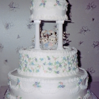 Kitty Gazebo Wedding Gazebo wedding cake with kitty cat bride and groom.