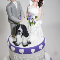 Purple Hearts I love to make these kind of wedding-cake toppers. I like to make them exactly alike, same dress as the bride, same hair-colour, same suit...