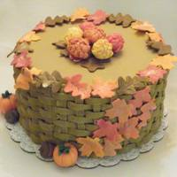 Fall Cake   Basketweave with GP leaves dusted with pearl dust
