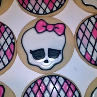 Monster High Cookies! These were so fun to make! I made up the argyle pattern as I went and I just loved how cute they are! Can't you just see these in a...