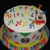 Musical Birthday buttercream, with fondant accents