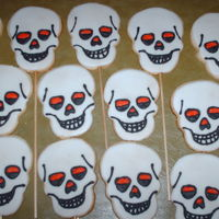 Skull Cookies sugar and butter cookies with RI, TFL :)