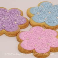 Sugarveil Imprint Cookies  A different, quicker and cheaper way to utilise your Sugarveil mat. Use an imprint of the mat design, cut and cover your cookie, then when...