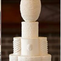 Great Gatsby This cake design was part of a special feature on Grace Ormonde Wedding Style.
