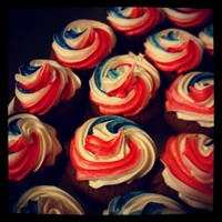 Red, White & Blue Mini Cupcakes 4th of July mini cupcakes