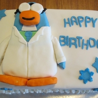 Gary The Gadget Guy Gary the Gadget Guy from Club Penguin for a birthday. Gary is carved from rice krispie and the border is mini marshmallow