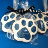 Paw Prints Chocolate sugar cookies with coconut RI.