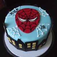 Spiderman Cityscape Another version of the Spiderman Cityscape cake.