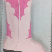 Cowgirl Boot Cupcake Cake cupcake cake made with 24 cupcakes and butterceam icing