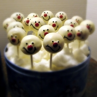 Frosty Cake Pops Cake Pops made with French toast cake, filled with chocolate ganache and coated with candy melts. I made them to resemble Frosty from...