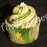 Camo Icing~ white vanilla cupcake with camo icing~