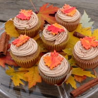 Leaf Cupcakes SNICKERDOODLE CUPCAKES with cinnamon buttercream