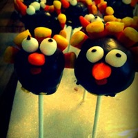 Turkey Cake Pops I made these for the kids on Thanksgiving :) Beaks and eyes are fondant :)