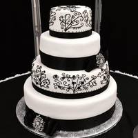 4 Tier Black And White Wedding Cake *4 tier black and white wedding cake