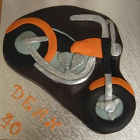 Motorfiets Chocolate cake and fondant decorations
