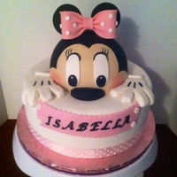 Minnie Mouse Buttercream bottom with fondant minnie mouse