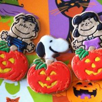 Great Pumpkin Cookies   I experimented by combining some of the old Hallmark Peanuts character cutters with a Hallmark pumpkin cutter to create these cookies.