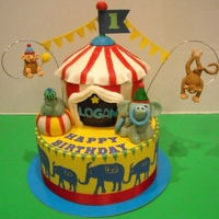 Circus Birthday Cake CHOCOLATE TENT CAKE WITH FONDANT ANIMALS