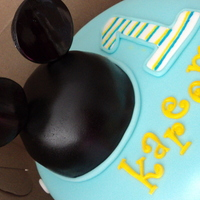 Mickey's First Matching cupcakes and smash cake too.