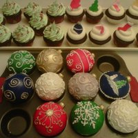 Christmas Ball Cupcakes decorated with fondant and royal icing