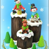 Funny Christmas Logs Cake My cake creation for Cake Design Magazione (Italy)