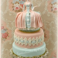 Madame De Pompadour Cake I made this cake and tutorial with a Marie Antoinette theme for the italian magazine Cucina Chic Cake Design (u,17, april 2013).