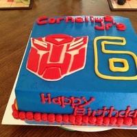 Transformers Optimus Prime I had no idea what I was doing for this cake, thanks to all the cc'ers for inspiration