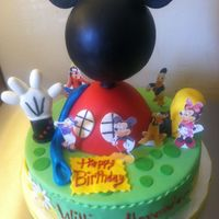 Mickey Mouse Playhouse Head is a styrofoam ball. Hand and shoe are Rice Krispy Treats.