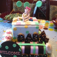 "Baby Shower 10' WASC with bavarian cream fresh strawberry filling6"" chocolate, chocolate fudge fillingCovered with fondant. All accesories 50..."