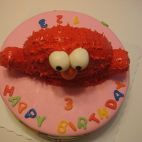 Elmo I made this cake for a 3yr olds birthday. I have made elmo before with buttercream but read somewhere here on CC that royal icing is better...