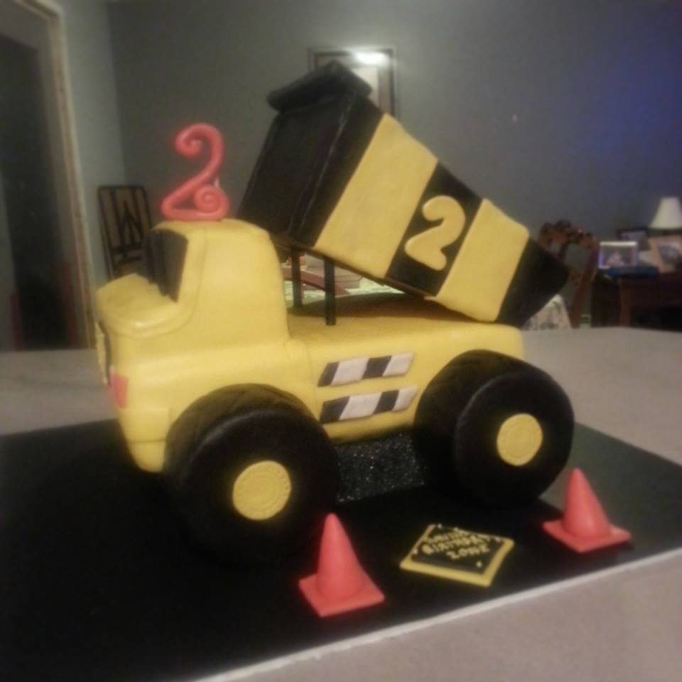 3D Dump Truck *3D dump truck cake for a very special little boy fighting leukemia. Hope4Gavin !