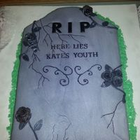 Over The Hill Gravestone *Fun gravestone cake for my friend's 40th birthday :)