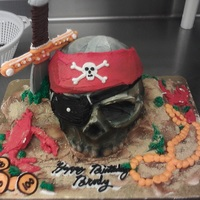Pirate Skull buttercream, carboard for sword