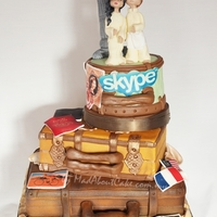 Long Distance Concept Wedding Cake Vintage look Luggage
