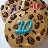 10Th Birthday Leopard Print Cookies NFSC with SugarBelle's Royal Icing