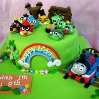 Angry Birds Cakes Ordered by my customer for his nephew who crazy for this online games.