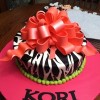 2 Layer Zebra Cake With Fondant Loop Bow
