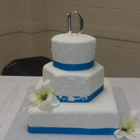 Wedding Cake   Consist of a square, octagon and round cake