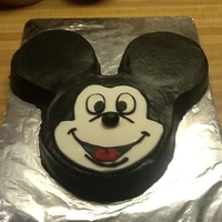 Mickey Mouse 1 BUTTERCREAM W/FONDANT ACCENTS