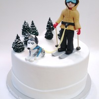Husky Dog Skiing Cake Probably the most unusual request I've ever had (but fun and really neat)! This was for a woman who skiis with husky sled dogs.