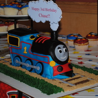 Thomas The Train & Cupcakes   Thomas the Train & cupcakes inspired by other cakes on CC
