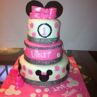 1St Birthday Minnie Mouse Cake With Fondant The Bow In Top Didnt Turn Out Quite Like I Wanted But Overall I Was Happy And My Friend Loved 1st birthday Minnie Mouse cake with fondant. The bow in top didn't turn out quite like I wanted but overall I was happy and my friend...