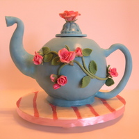 My First Teapot Cake Somewhere I Saw The Tutorial But Cant Remember Whom To Credit The Cake Is Peaches And Cream With Bc Filling White C My first teapot cake. Somewhere I saw the tutorial but can't remember whom to credit. The cake is peaches and cream with BC filling,...