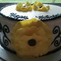 1314907070.jpg Last minute cake for a friend.