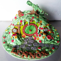 Hobbit Hole Cake For A 7 Year Olds Birthday Really Hope He Will Like Itfingers Cross Hobbit Hole Cake for a 7 year old's birthday. Really hope he will like it...fingers cross.