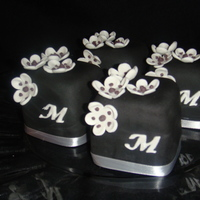 Modern Mini Cake Favors I was asked to do mini cakes for a bridal show locally. These were for place settings at one of the booths. The table was set with a deep...