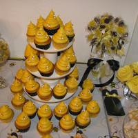 Bee Hive Cupcakes   *