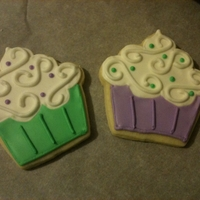 Cupcake Cookies inspired by loren ebert's BEAUTIFUL cookies from the Baking Sheet http://thebakingsheet.blogspot.com/