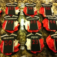 Football Jersey Cupcakes Football jersey team cupcakes with each players name and number
